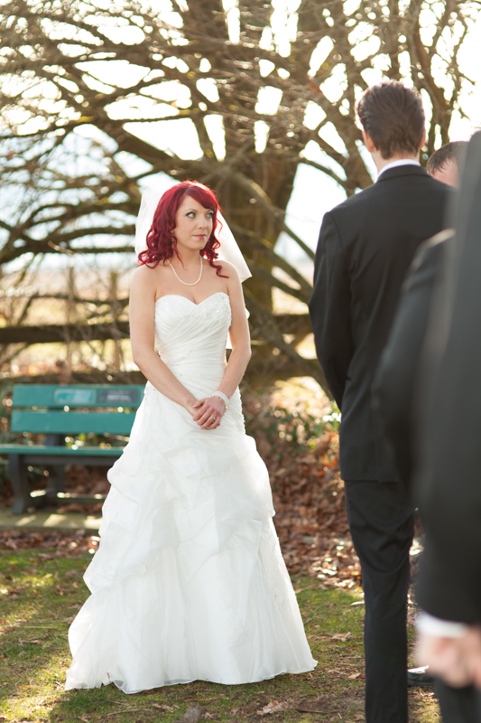 winter outdoor wedding photos-39