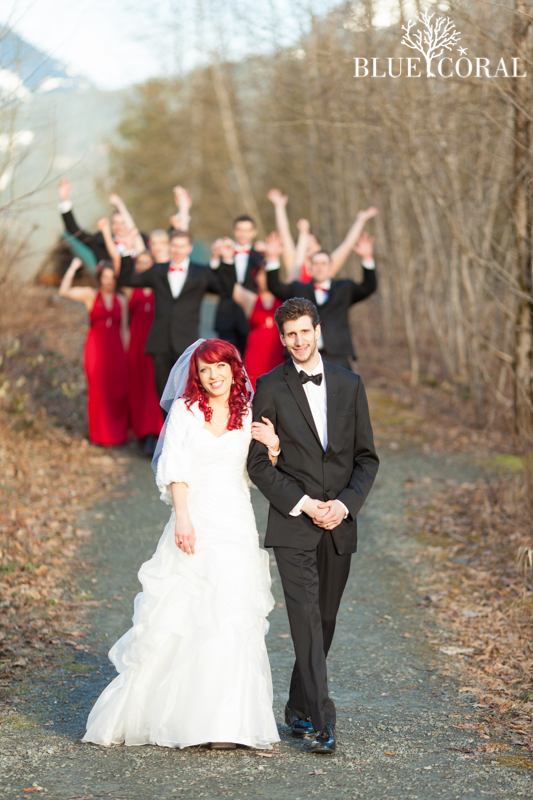 winter outdoor wedding photos-47