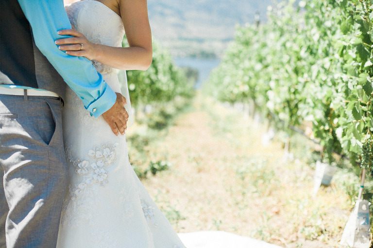 fraser valley non posed style wedding photographer