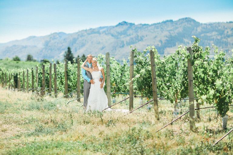 kelowna vineyard wedding