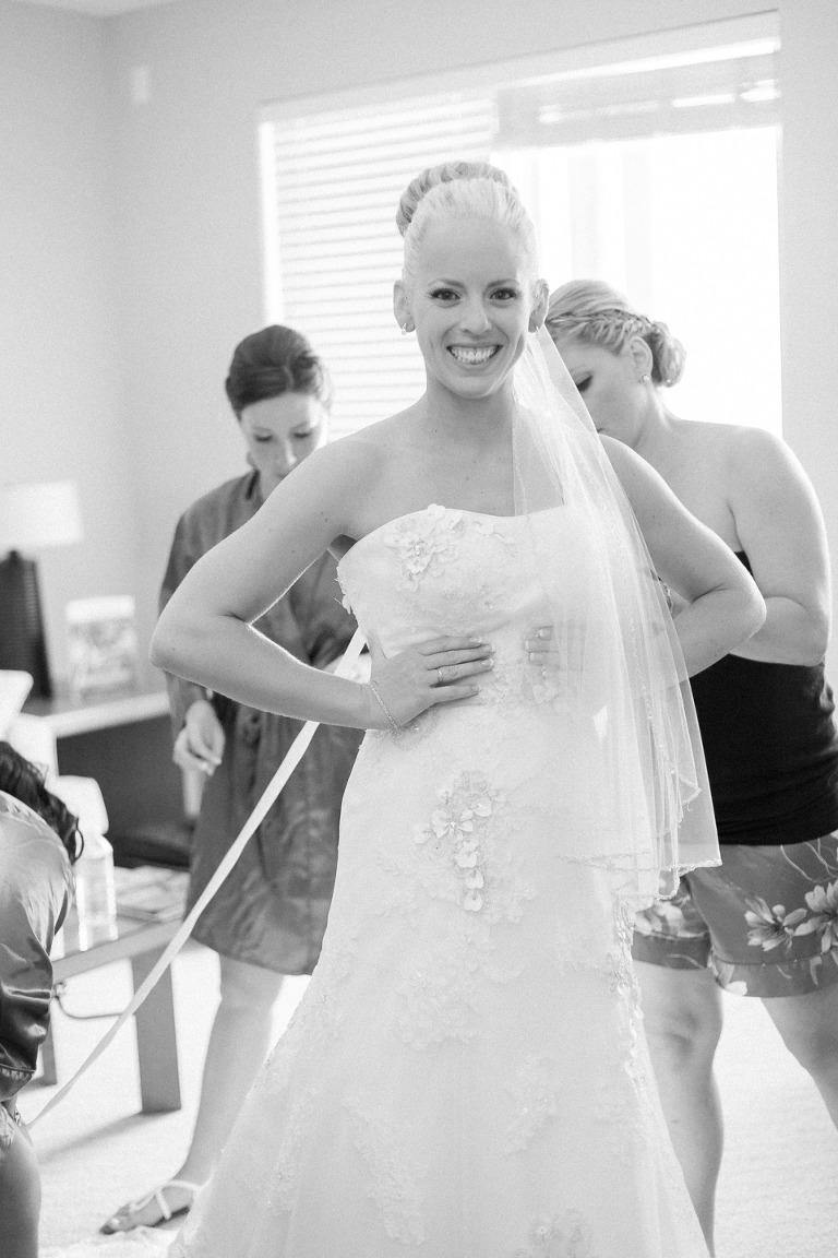 okanagan non posed style wedding photographer