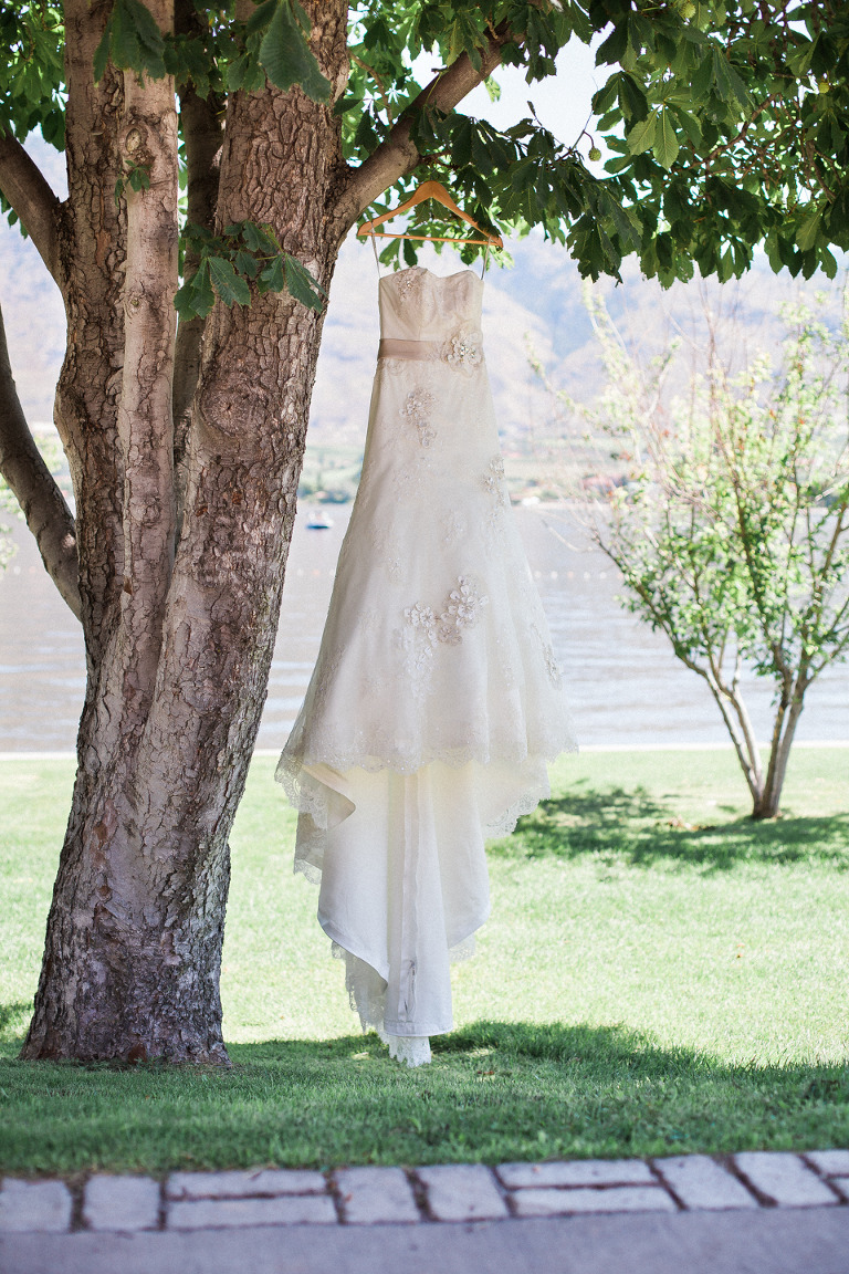 penticton wedding dress