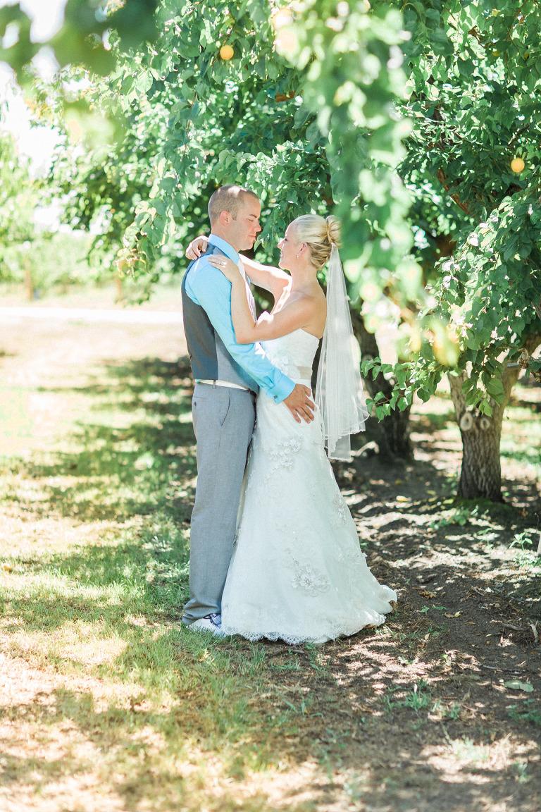 west kelowna documentary style wedding photographers